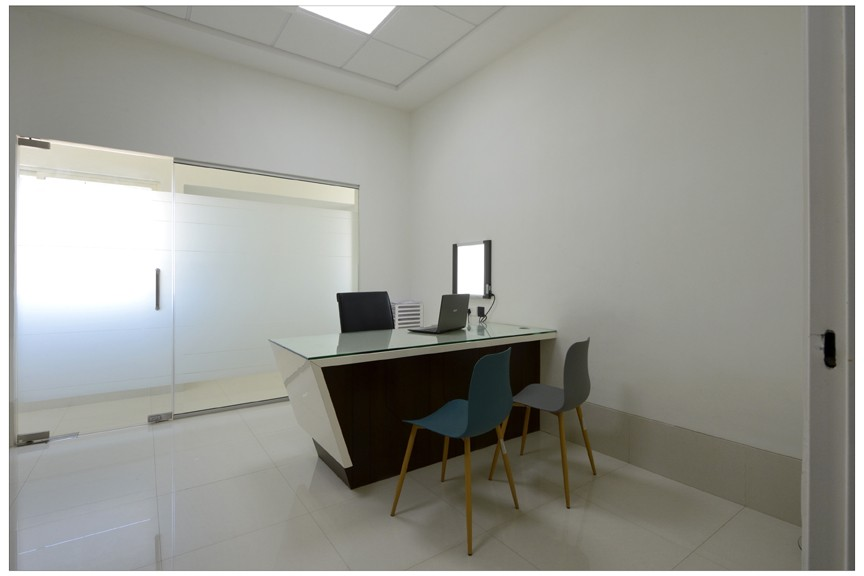 Pleasant, Ventilated OPD Consulting room at KCC Optimus Healthcare Research Private Limited, Dhule, Maharashtra, India.